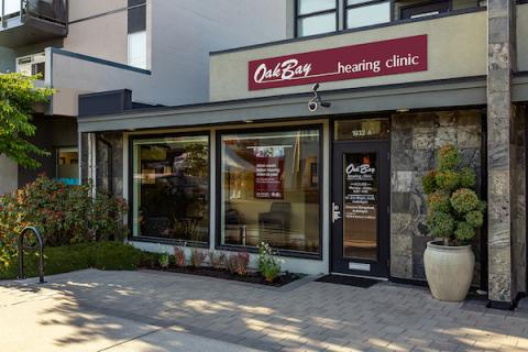 Photo of the front of the Oak Bay Hearing Clinic